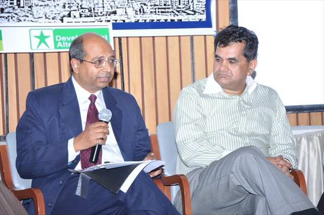 MODERATED DISCUSSION ON DMIC MODEL - FROM L TO R - Mr. RAKESH RANJAN, DIRECTOR, PLANNING COMMISSION, GoI, Mr. AMITABH KANT